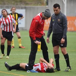 Lakuaren aurka galduta askoz urrunago du Altzarratek Euskal Ligara igotzeko aukera