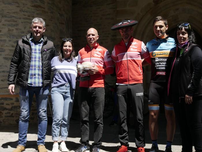 Zuriñe Frutosek eta Iñaki Isasik irabazi dute Aiarako Mendi Duatloia - 92