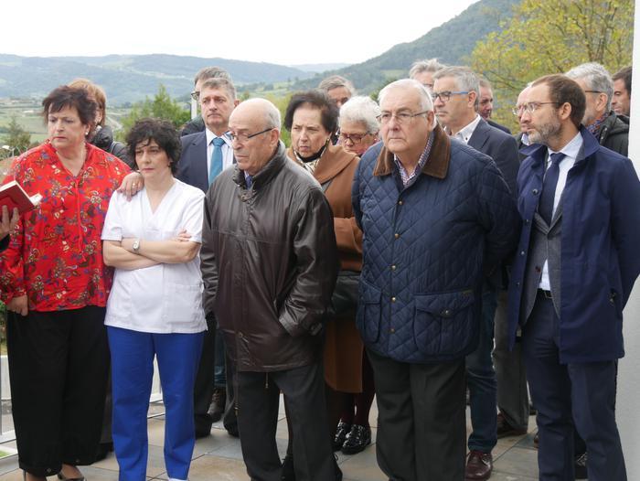 Gaur inauguratu dute Aiarako nagusien egoitza berria - 44