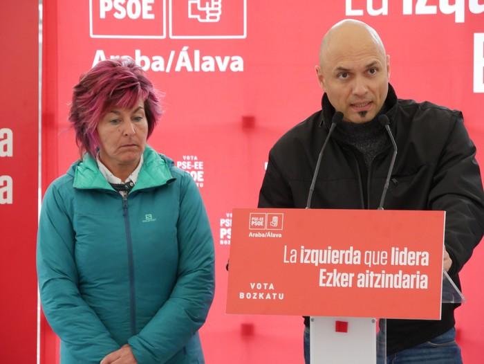 """PSE-EE: """"Sozialisten aldetik soilik etorri daiteke aldaketa"""" - 12"""