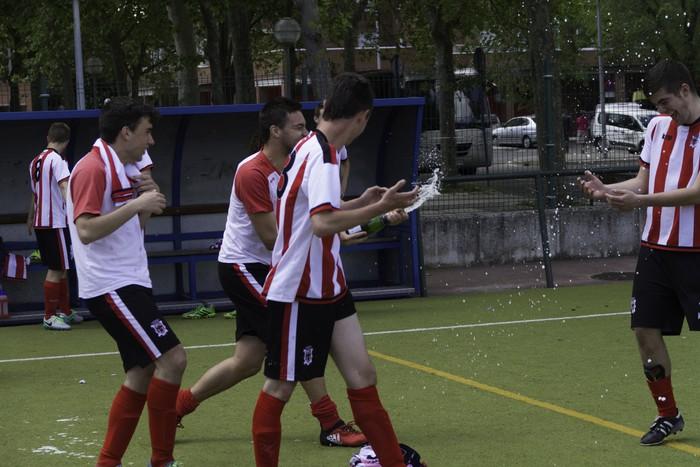 CD Laudioko gazteek lortu dute sailkapena Euskal Ligako play-offak jokatzeko - 64