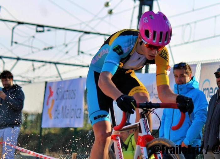 Iñaki Guaresti izan da 2. Euskadiko Ziklokros Txapelketan Sub-23 kategorian eta 9. sailkapen orokorrean