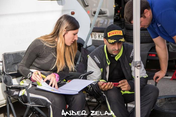 Aingeru Castro eta Alaitz Urkiola Euskadiko Rally Txapelketako irabazleak dira, lehiaketa bukatu baino lehen