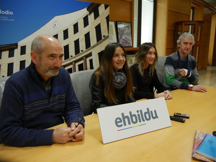 Laudioko Udal Gobernuak eztabaida eta erabaki-organoetatik baztertu duela kritikatu du EH Bilduk
