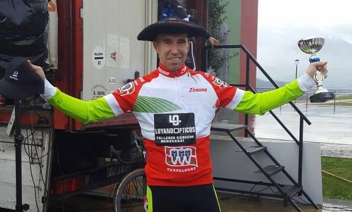 Iosu Isasi Floresek irabazi du Euskadiko ziklokross txapelketa