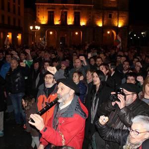 ARGAZKI BILDUMA: Pablo Gorostiagari ongi etorri jendetsua egin diote