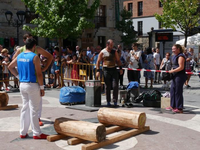 Margolariek eta herri kirolek girotu dute festetako larunbat eguerdia - 15