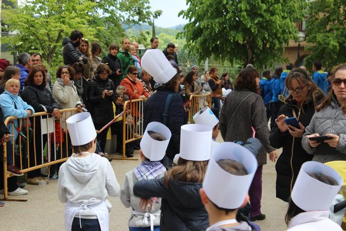 San Anton plazan egin dute umeek San Prudentzioko danborrada - 7