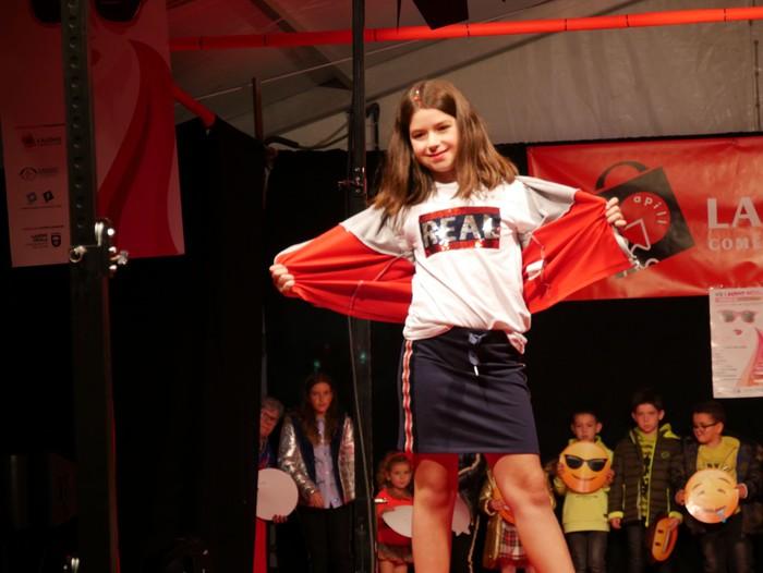 """Herritarrak """"modelo afizionatu"""", Laudio moda desfilean - 74"""