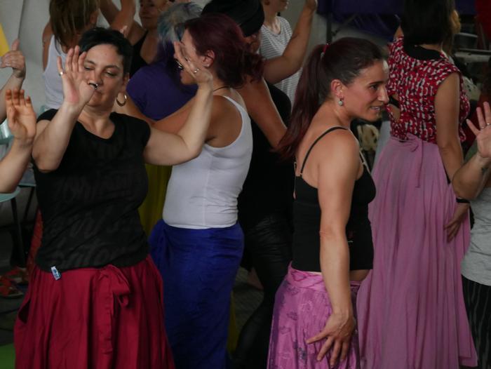 Aiaraldeko emakume feministen topaketa argazkitan - 96