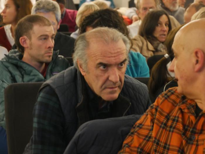 Bilboko BBK Aretoa bete zuen Gorbeiako artzaintzari buruzko dokumentalaren aurkezpenak - 16
