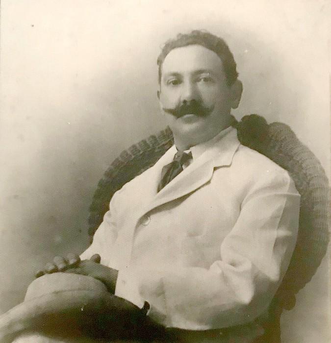 Julian Martinez Villar musikari laudioarra omenduko dute Antonio Oyarzabal pianistak eta Ariadna Martinez sopranoak