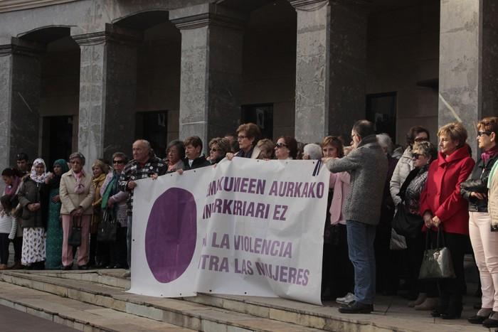 Indarkeria matxistaren aurka mobilizatu dira eskualde osoan - 4