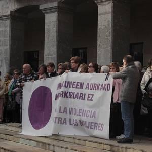 Indarkeria matxistaren aurka mobilizatu dira eskualde osoan