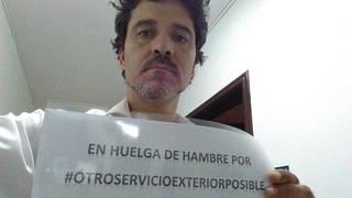 Juan Ramon Martin Menoyo laudioarrak 21 eguneko gose greba egin du Riaden