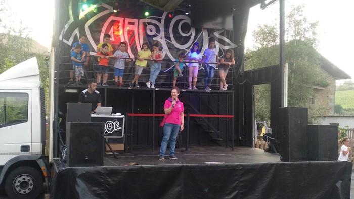 DJ Xaibor eta Nafarroa Kanta Taldea izan ziren Muruetako jaietan izarrak - 5