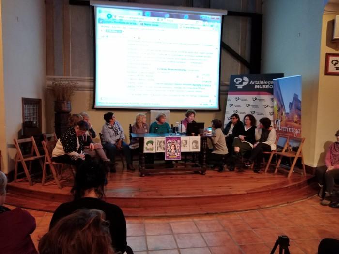 Eskualdeko talde eta elkarte feministei aitortza egin zieten Berdintasun topaketan - 10