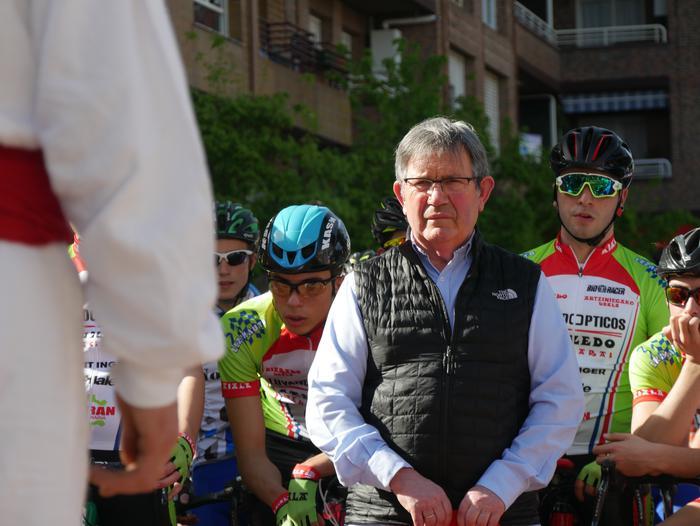 Pablo Fernandezek irabazi zuen sprintean Aiarako Birako lehen etapa - 75