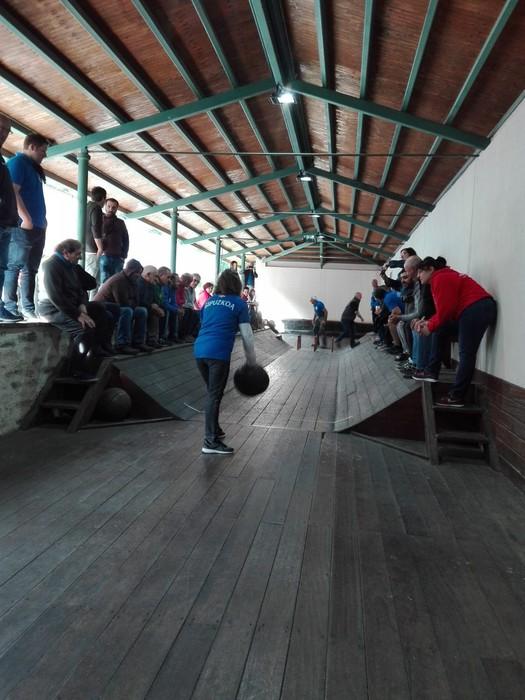 Bea Isasi eta Bernardo Barcena aiararrak dira Euskadiko bola txapeldun berriak