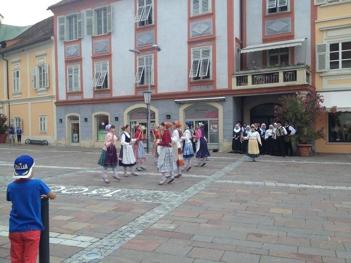 Aiara Dantza Taldea Eslovenian - 8