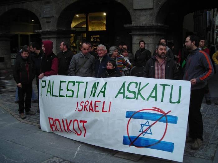 Palestinaren aldeko elkarretaratzea burutu dute Urduñan