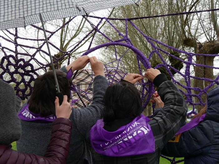 Ehunka emakume* grebalarik hartu dituzte Aiaraldeko kale eta plazak - 135