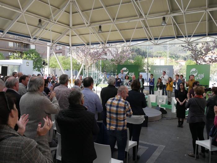 """Senatuan """"Araba eta Euskadiren interesak"""" defendatzeko prest azaldu da Almudena Otaola - 13"""