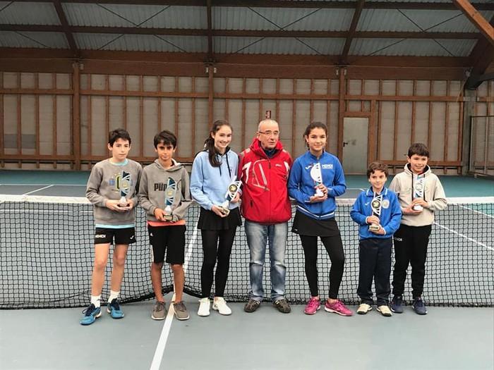 Ander Urquiza garaile Arabako Tenis Txapelketan, 10 urtetik beherakoen kategorian