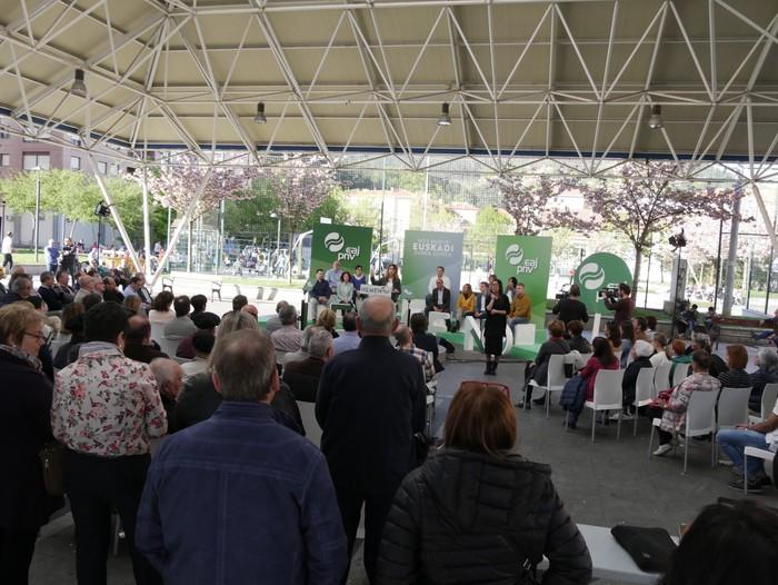 """Senatuan """"Araba eta Euskadiren interesak"""" defendatzeko prest azaldu da Almudena Otaola - 7"""