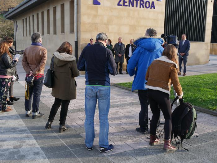 Gaur inauguratu dute Orozkoko anbulatorio berria - 10
