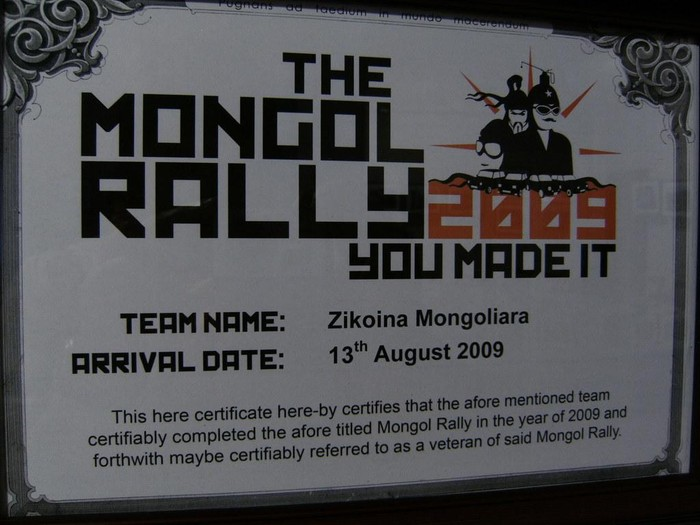 """Oiartzabal anajeak egineko """"Mongol Rally""""aren ganeko berbaldia"""