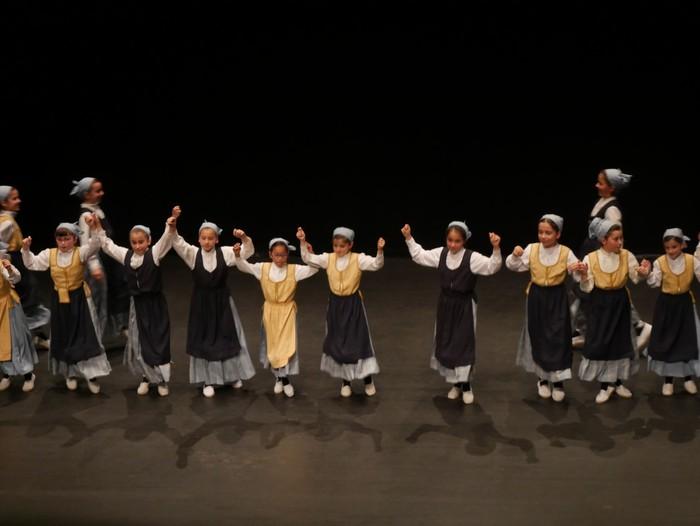 Guk saria jaso du Aiara dantza taldeak - 77
