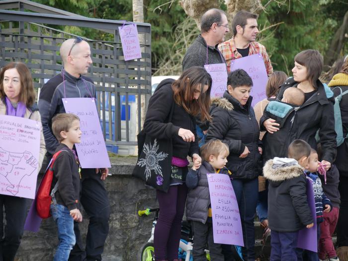 Indarkeria matxistaren aurka mobilizatu dira eskualde osoan - 18