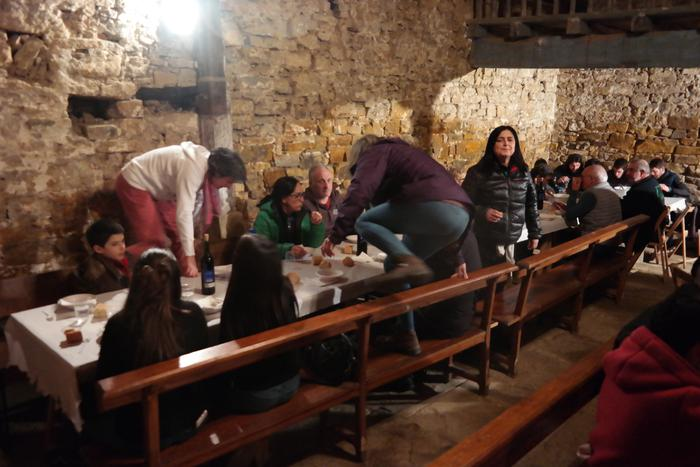 Antzinako ohitura jarraiki ospatu zuten San Anton jaia Baranbion - 19