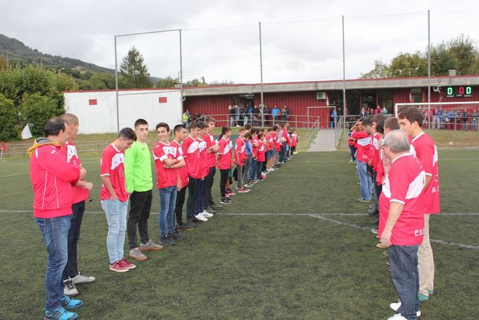 Aaron Martín Guillén omendu zuten atzo CD Orduñako talde guztiek - 8