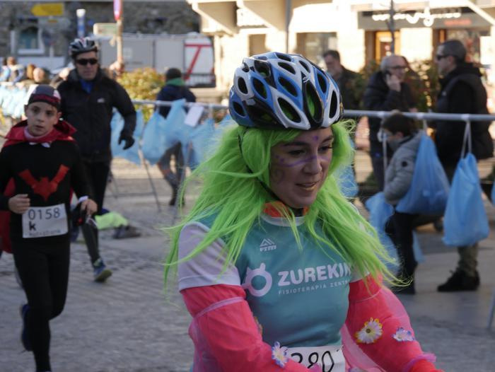 Ander Ganzabalek irabazi du San Silbestre lasterketa jendetsua - 85