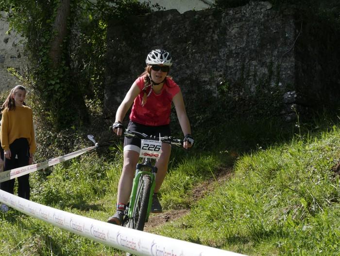Zuriñe Frutosek eta Iñaki Isasik irabazi dute Aiarako Mendi Duatloia - 65