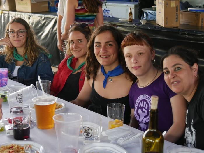 Saretzeko ekintzak eta espazioak uztartu zituen atzo Egun feministak - 22