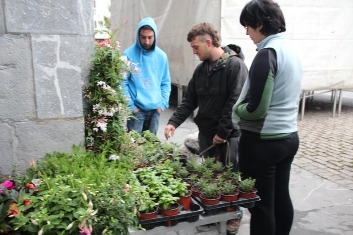 V. Azoka agroekologikoa ospatu dute Urduñan, tokiko ekoizleekin - 38
