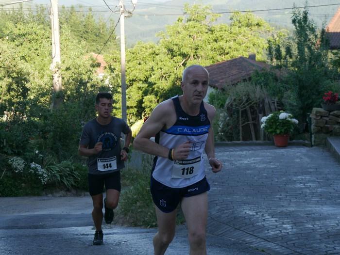Felipe Larrazabal eta Maider Urtaran garaile San Joan Astobitzako krosean - 38