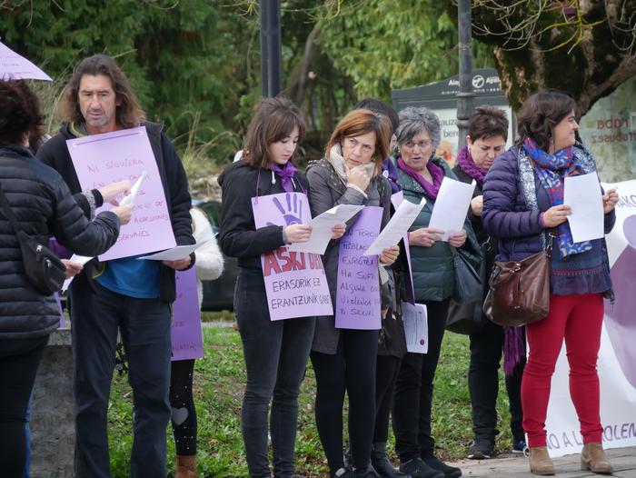 Indarkeria matxistaren aurka mobilizatu dira eskualde osoan - 19