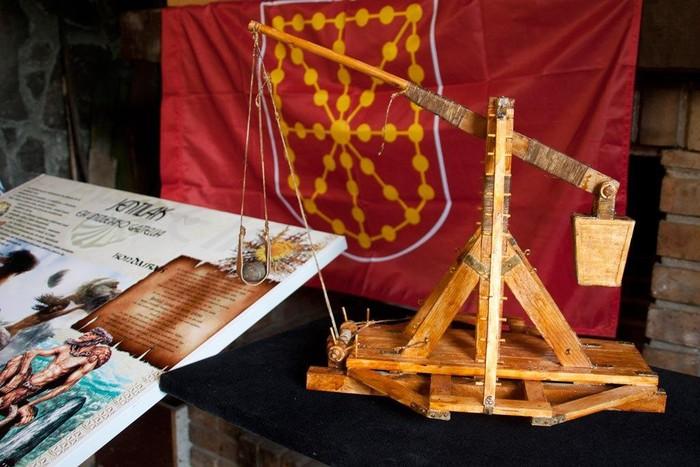 Nafarroako Erresumaren ikurra Arakaldon - 9