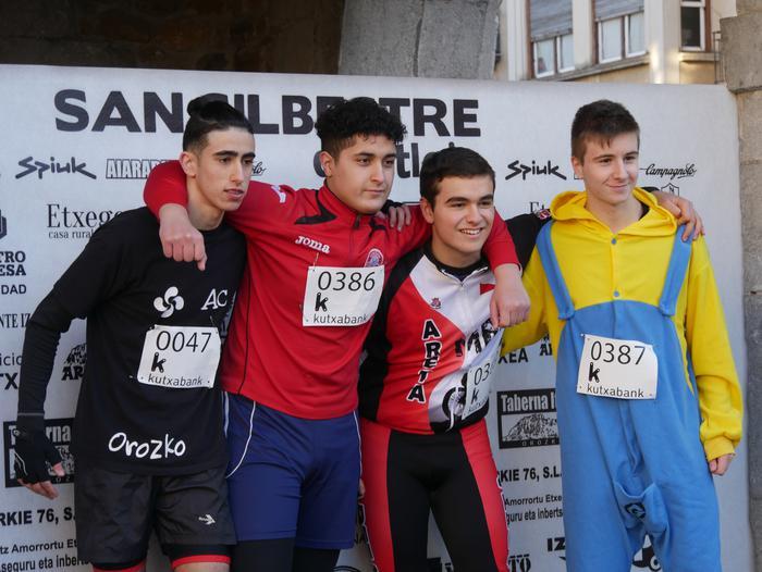 Ander Ganzabalek irabazi du San Silbestre lasterketa jendetsua - 15