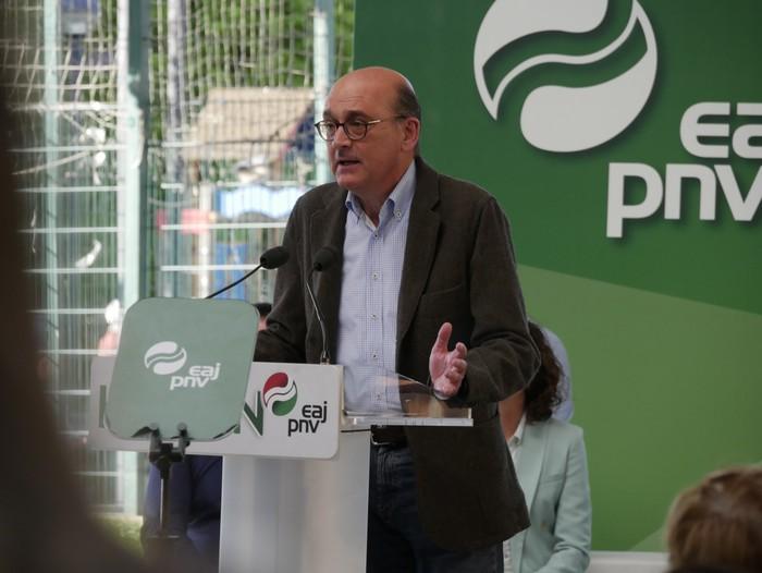 """Senatuan """"Araba eta Euskadiren interesak"""" defendatzeko prest azaldu da Almudena Otaola - 8"""