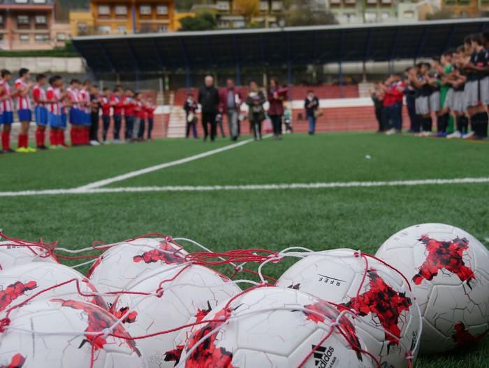 Futbol txapelketa egin dute Jon Urkijo Labururen omenez - 3