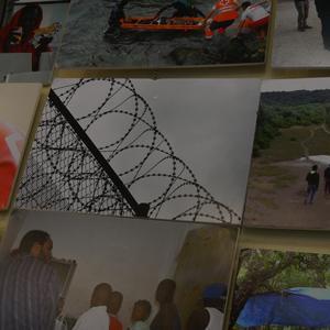 Errefuxiatuei buruzko erakusketa jarri dute Otueta Gizarte Etxean