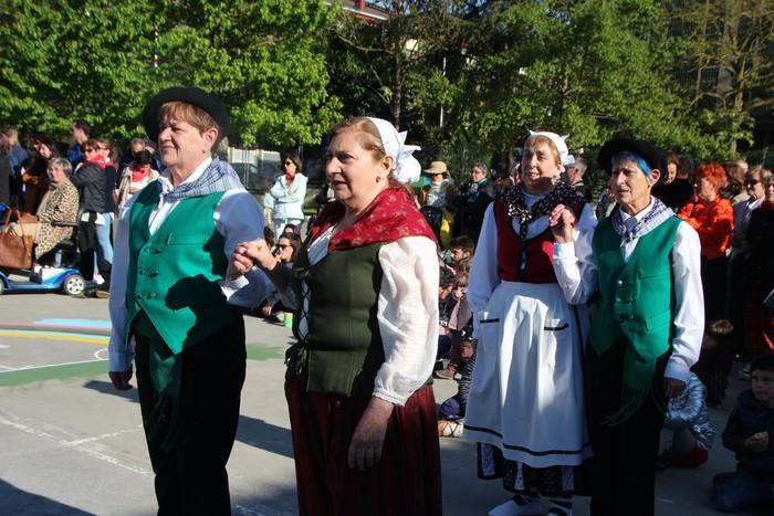 Erraldoi, buruhandi eta dantzariak protagonista otxomaioetako hirugarren egunean - 31