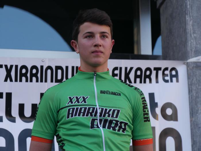 Pablo Fernandezek irabazi zuen sprintean Aiarako Birako lehen etapa - 115