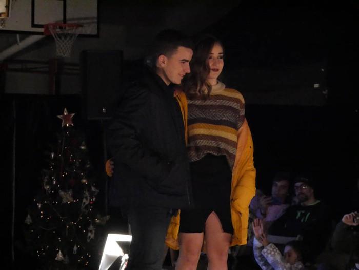 Ikasbidaia antolatzeko moda desfilea egin zuten ikastolan - 57