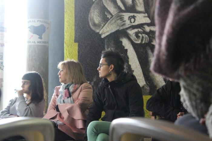 Feminismoz kargatu zituzten arkatzak Ikasle Egunean - 6